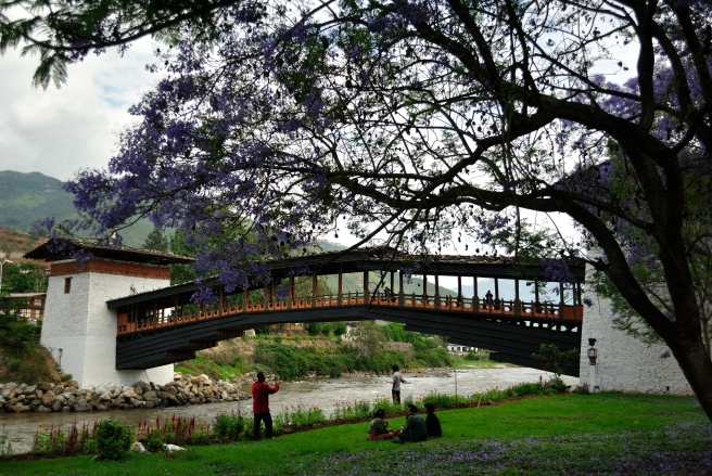 The lawn surrounding the river side of the monastery offers a great view of the monastery bridge.
