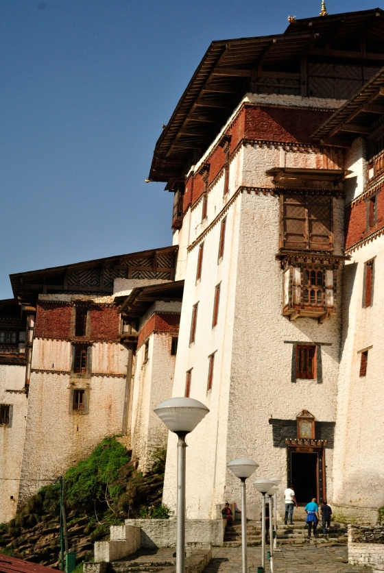 The mighty Trongsa Dzong.